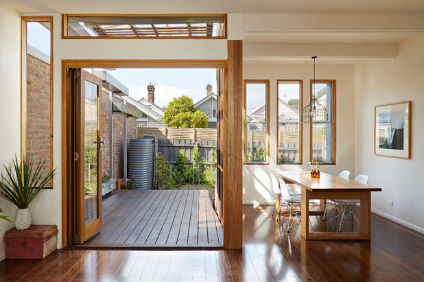 Contemporary Dining Room Convertible Courtyards House