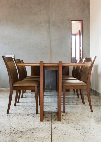 Dining Room by Kamat & Rozario Architecture