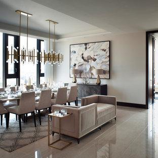 Ispirazione per una grande sala da pranzo design chiusa con pareti beige, pavimento in marmo, nessun camino e pavimento beige
