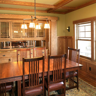 Example Of An Arts And Crafts Dining Room Design In Minneapolis