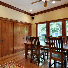 traditional dining room by Brooke B. Sammons