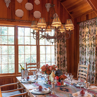 Dining room - mid-sized rustic dining room idea in Charlotte