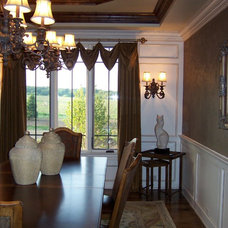 Traditional Dining Room by Michael Vincent Custom Homes, LLC