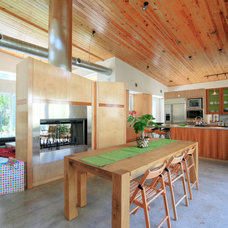 Contemporary Dining Room by Richard Wintersole Architect