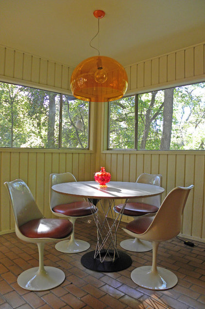 modern dining room by Sarah Greenman