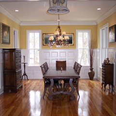 traditional dining room by Jamison Howard