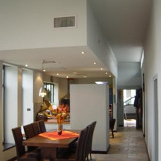 Contemporary Dining Room by Dan and Hila Israelevitz- Architects