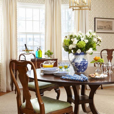 Traditional Dining Room by Last Detail Interior Design
