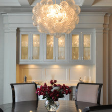 Contemporary Dining Room by Robert A. Cardello Architects