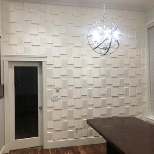 Mittelgroßes, Repräsentatives, Fernseherloses, Abgetrenntes Landhaus Wohnzimmer ohne Kamin mit weißer Wandfarbe, dunklem Holzboden, braunem Boden und Wandpaneelen in Vancouver
