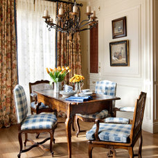 Traditional Dining Room by Linda L. Floyd, Inc., Interior Design