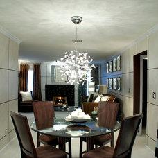 Modern Dining Room by Ursallie Smith