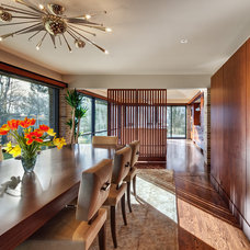 Midcentury Kitchen by Becker Architects Limited