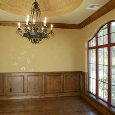 Traditional Dining Room by Silver Stone Homes LLC