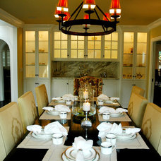 Traditional Dining Room by Dave Lane Construction Co.