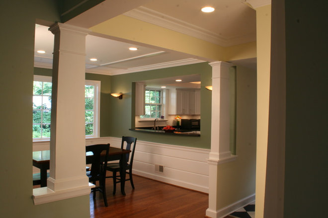 Traditional Dining Room by Bennett Frank McCarthy Architects, Inc.