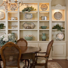 Traditional Dining Room by Leslie Cohen Design