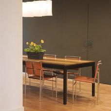 Modern Dining Room by COLEPREVOST