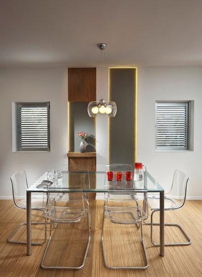 Modern Dining Room by Elad Gonen