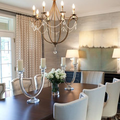 traditional dining room by Elizabeth Reich
