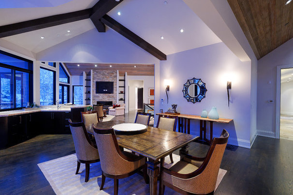 Rustic Dining Room by Forum Phi - Architecture | Interiors | Planning