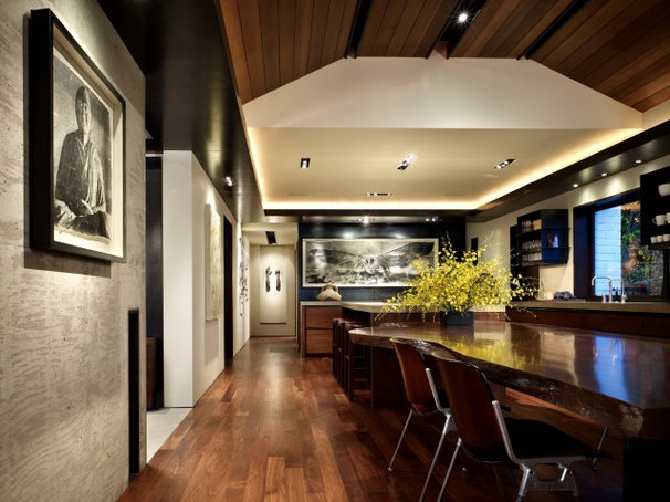 Contemporary Dining Room by Garret Cord Werner Architects & Interior Designers