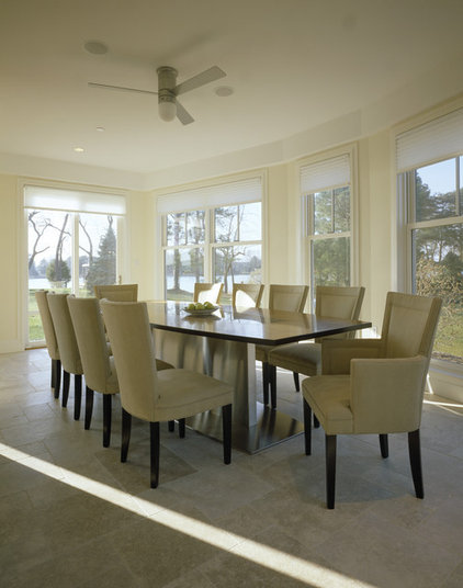 Modern Dining Room by HP Rovinelli Architects