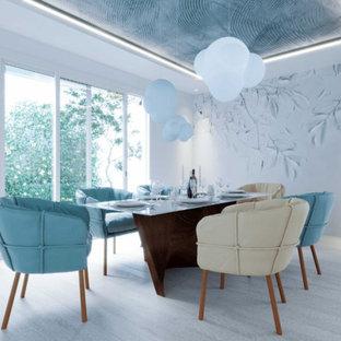Idéer för mellanstora funkis kök med matplatser, med vita väggar, plywoodgolv och beiget golv