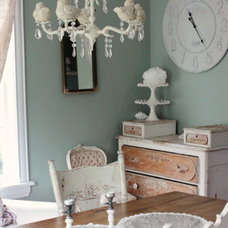 Eclectic Dining Room by Kasey Buick