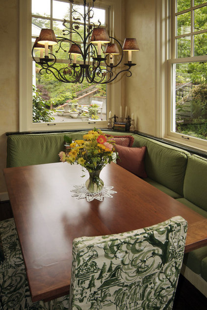 Traditional Dining Room by Kaufman Homes, Inc.
