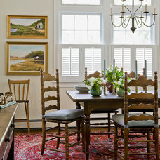 Traditional Dining Room by Linda Merrill