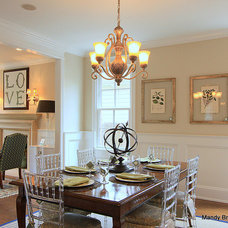 Traditional Dining Room by Mandy Brown