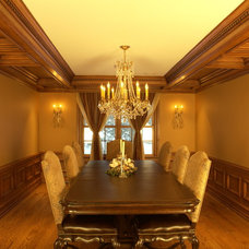 Traditional Dining Room by WL INTERIORS