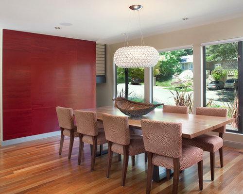 Contemporary Medium Tone Wood Floor Dining Room Idea In San Francisco With Beige Walls