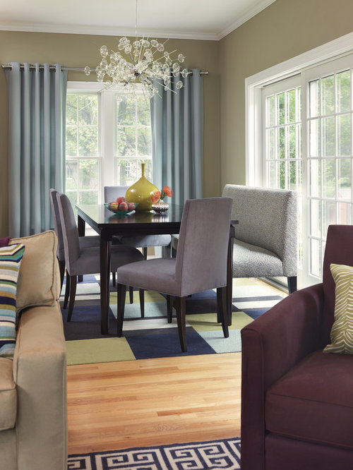 Inspiration For A Transitional Great Room Remodel In Boston With Beige Walls And Light Hardwood Floors