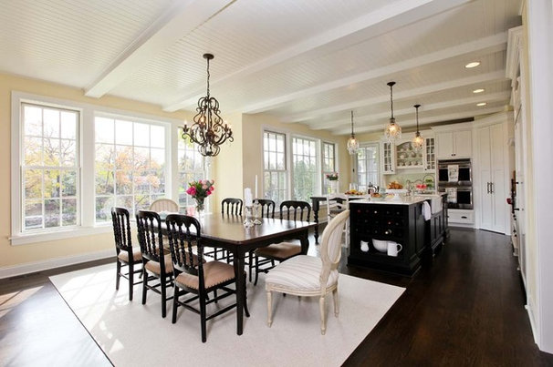 Traditional Dining Room by REFINED LLC