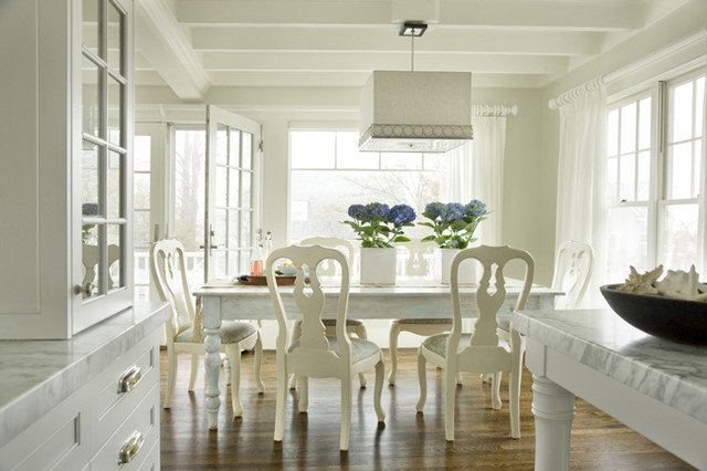 Beach Style Dining Room by Molly Frey Design