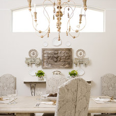 Traditional Dining Room by Ruth Richards, Allied ASID