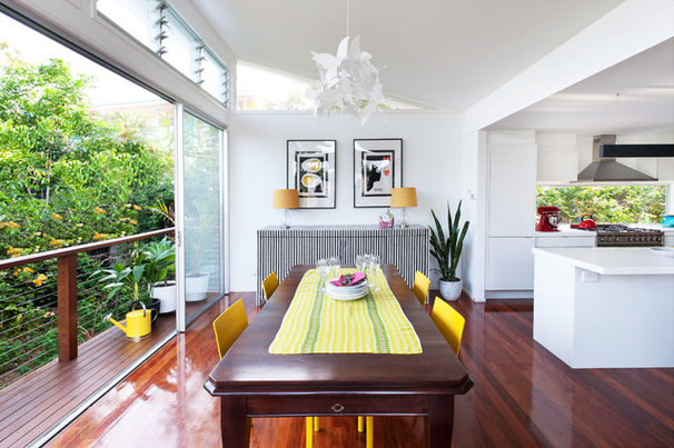 Contemporary Dining Room by Skyring Architects