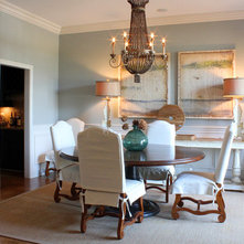 Traditional Dining Room by Stacy Jacobi
