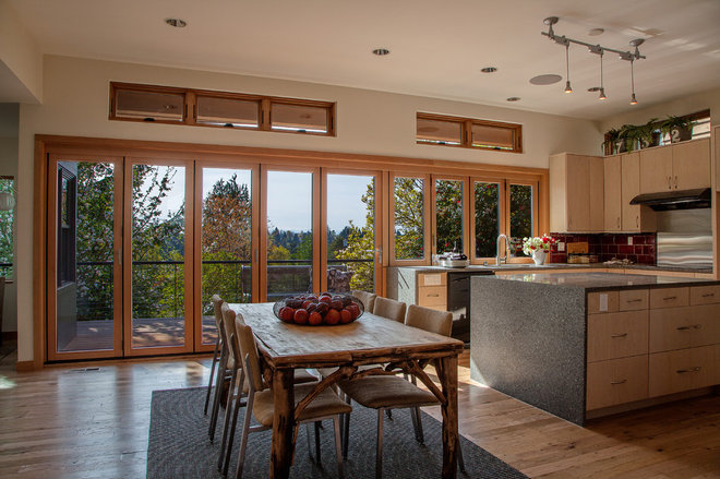 Contemporary Kitchen by Thomas Jacobson Construction, Inc