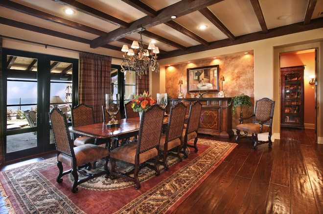 Traditional Dining Room by von Hemert Interiors