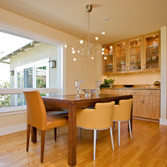 modern dining room by Bill Fry Construction - Wm. H. Fry Const. Co.