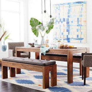 Imagen de comedor de cocina minimalista con paredes verdes, moqueta y suelo azul