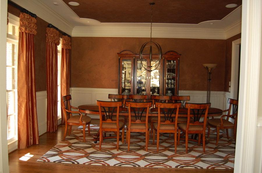 Diningroom Elegance with Silk panels