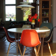 Midcentury Dining Room by Kaylovesvintage