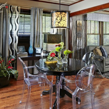 Dinning Room with Modern and Classic elements