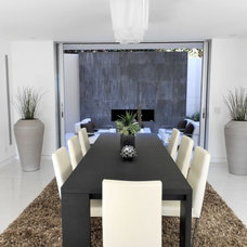 Modern Dining Room by Jay Vanos Architects