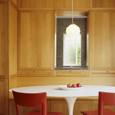 Traditional Dining Room by Schwartz and Architecture