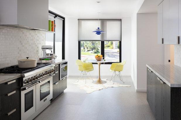 Contemporary Dining Room by BiLDEN